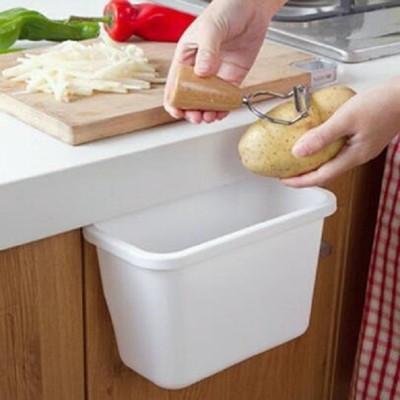 懸掛垃圾桶 置物筒 掛式 收納盒 掛籃 廚房掛物置物籃 桌邊垃圾桶 流理台 門邊 廚餘 (3.5折)