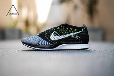 ISNEAKERS Nike Flyknit Racer 陰陽 編織 男女鞋 526628-011 (9.3折)