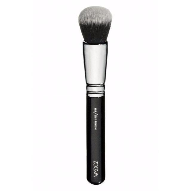 愛來客德國 zoeva 102 silk finish face brush 柔焦粉底刷蜜粉刷