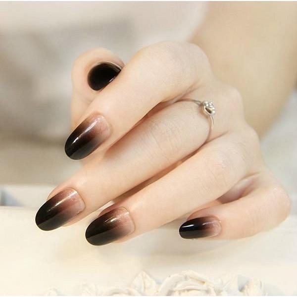 愛來客美到爆的黑色漸色短款小圓頭美甲貼片 假指甲貼片 指甲貼24片裝