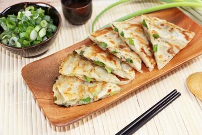 【慕鈺華】古早味蔥油餅 (2.2折)