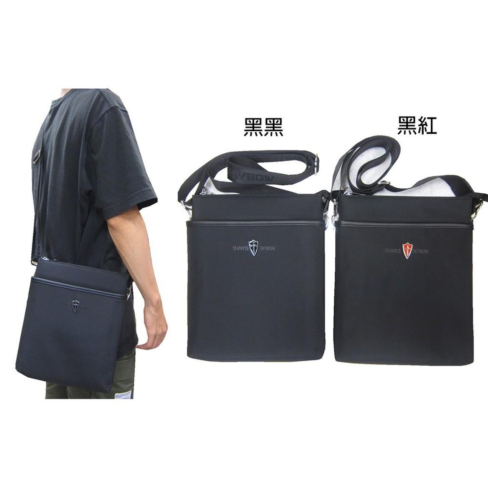 ~雪黛屋~swis-skybo 肩側包中容量主袋+外袋共五層扁型包設計三層主袋口防水尼龍布中性款bs