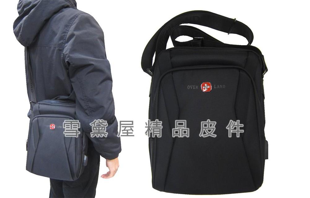 肩側包中容量主袋+外袋共四層肩背斜側背二層主袋口內二拉鍊暗袋充電孔防水尼龍布材質