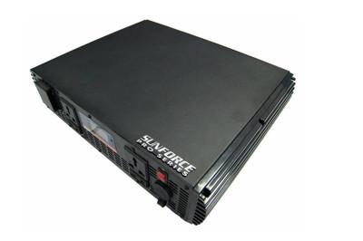 12V轉220V純正弦波電源轉換器2500W (7.6折)