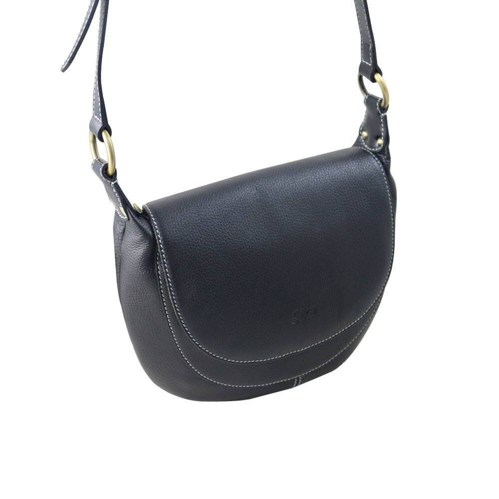 sika牛皮斜背包-黑色