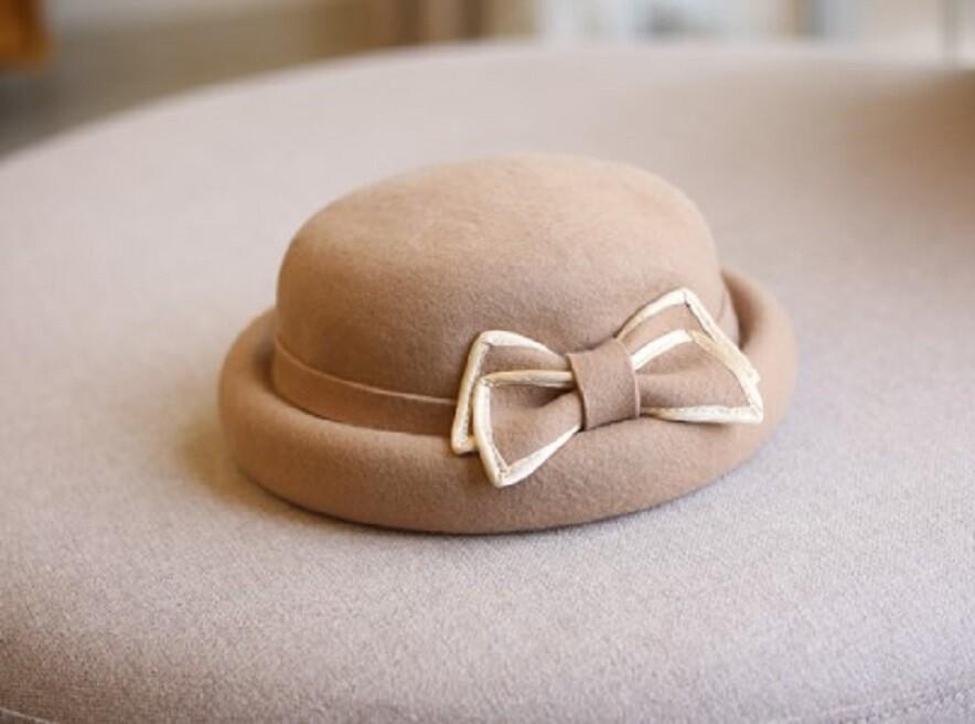 羊毛呢捲邊小圓帽
