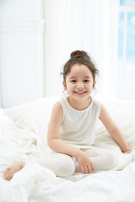 【伊登詩】兒童海藻天絲纖維背心 德國原料台灣製造 透氣保濕抗菌保護肌膚 (4折)