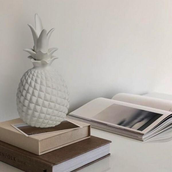 18park-淡妝鳳梨-擺飾-圓 [陶瓷,白色]