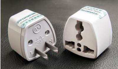 萬用插頭 轉接頭 國際標準 歐規英規澳規轉美規台灣插頭 大陸3孔電器可用 (3折)