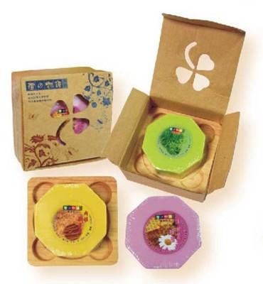 手工皂禮盒(單入加木製皂盤) (7.1折)
