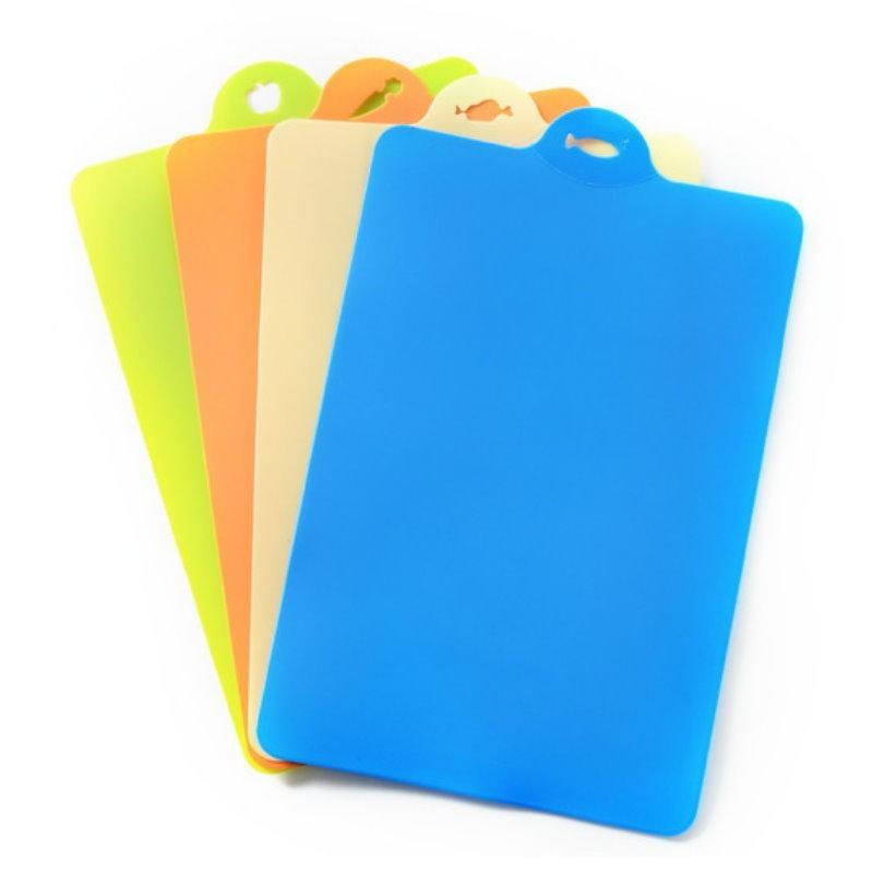 dl390彩色創意可彎曲抗菌分類砧板 懸掛式切菜板1入 軟式砧板 鉆板