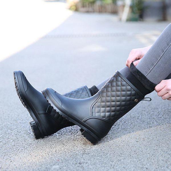 913格紋風休閒女士膠鞋 防滑中筒雨鞋