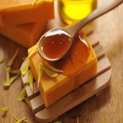 【康健天地】秋岡天然手工皂。蜂王乳水潤皂 (7.7折)