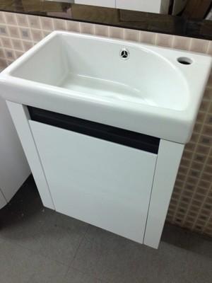 面盆+浴櫃(吊櫃) 寬46cm 深26cm 高82cm 浴櫃PVC發泡板鋼烤防水 (6.7折)