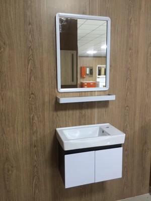 小衛浴小浴室的救星 洗臉盆 + 浴櫃 + 鋁框 鏡 + 鋁框置物 平台 (6.3折)
