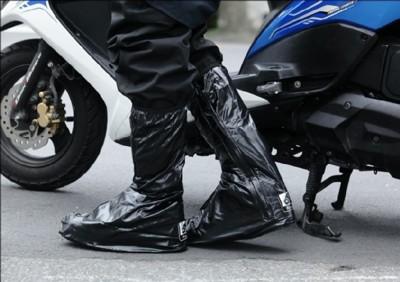 【飛銳fairrain】靴型時尚防雨鞋套 (3.9折)