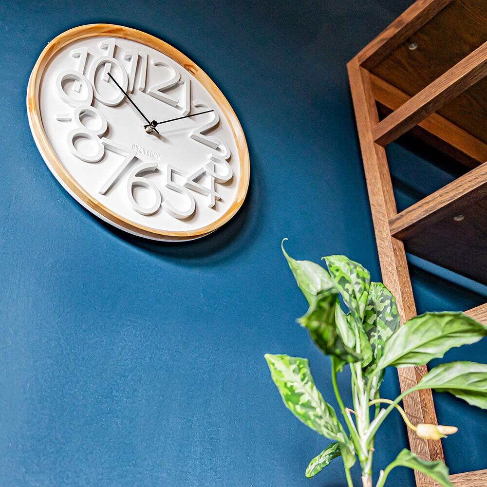 amp- 復古典雅數字木紋掛鐘