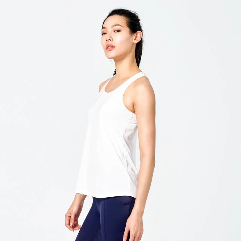 ann rena reyes |零著感運動背心 - 白運動罩衫.運動上衣.瑜伽
