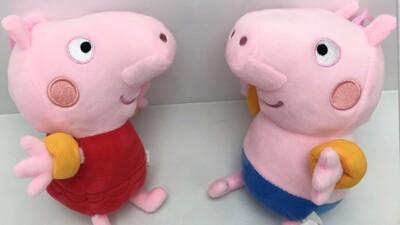 正版授權佩佩豬/喬治泳衣款6吋娃娃 (3.4折)