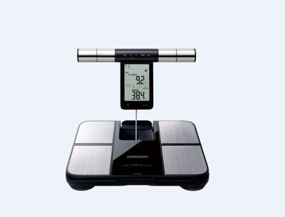 歐姆龍藍牙體重體脂肪計 hbf-702t贈防疫乾洗手 (6.7折)