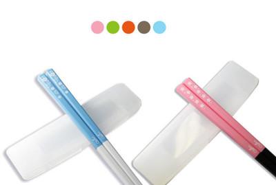 【OUI「為」精品】繽紛輕巧型環保筷 - 櫻花款/貓頭鷹兩款可選 (顏色隨機出貨) (3.7折)