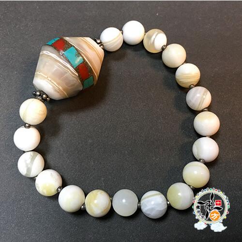 硨磲鑲綠松石&黃金硨磲手珠+精美加持保平安小佛卡9mm