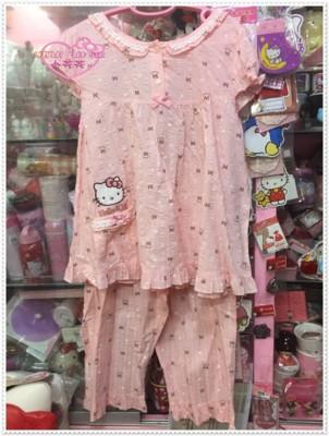 小花花日本精品♥Hello Kitty 睡衣 短袖上衣 褲子 衣褲式睡衣/居家服 10406601 (9折)
