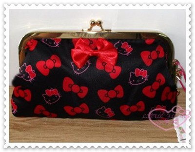 小花花日本精品♥Kitty絲緞面珠扣 手拿包 收納包 化妝包 小物包 滿版圖 緞帶黑42215806 (4.5折)