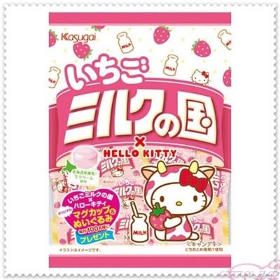 ♥小花花日本精品♥Hello Kitty 北海道煉乳製成草莓牛奶糖 90013703 (5折)