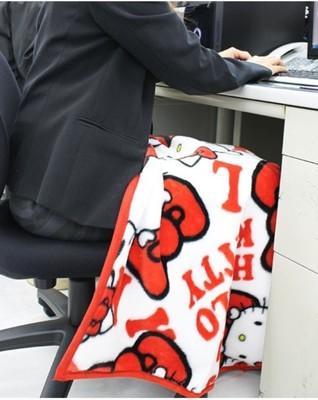 小花花日本精品♥ Hello Kitty 冷氣毯 毯子 車用小被子 薄毯 紅色 31035507 (4.2折)