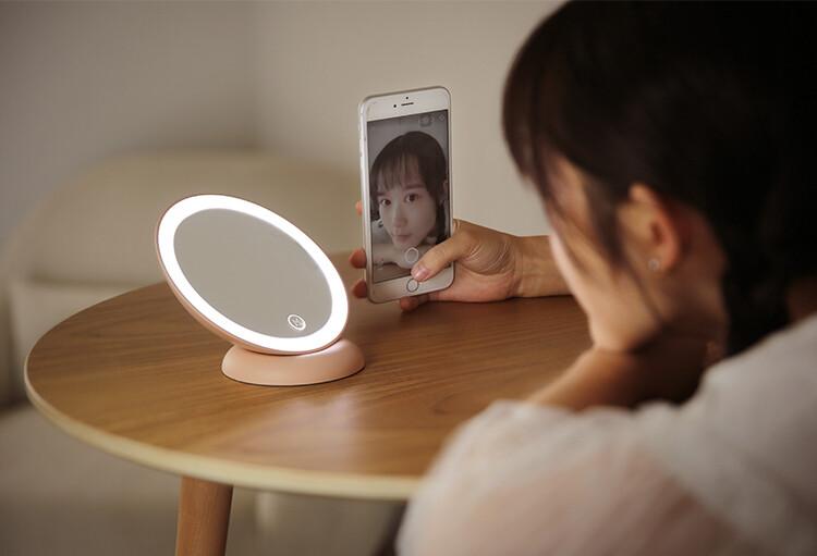 森活嚴選doulex 都樂 對面化妝鏡智能補光鏡 隨身鏡  補光鏡 自拍鏡