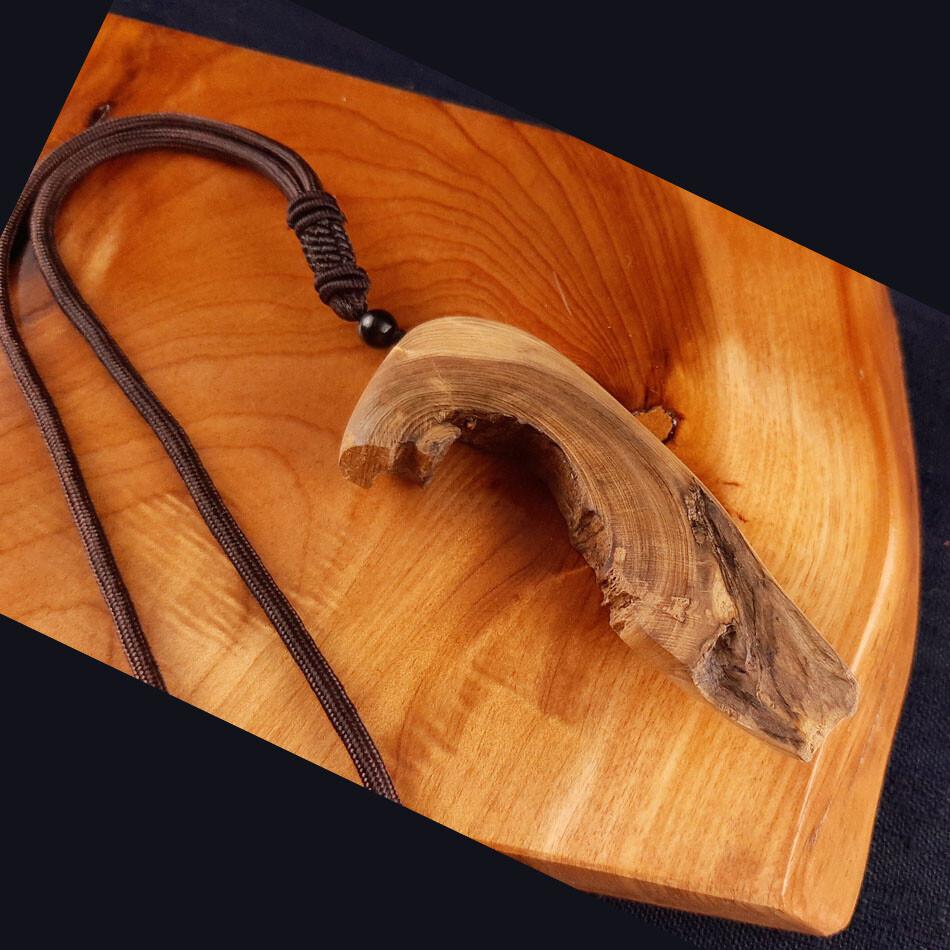 台灣紅檜造形項鍊 c222 尊貴的獨一無二獻給獨特的擁有者