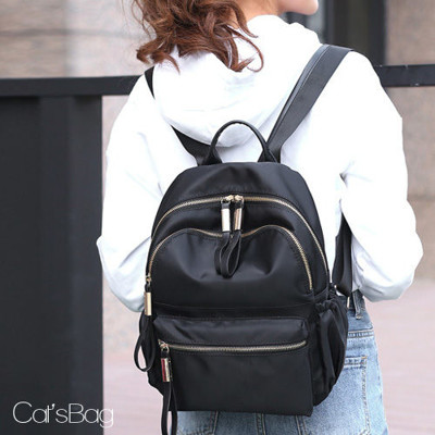 [ Catsbag ] 純色防水尼龍後背包 (2.5折)