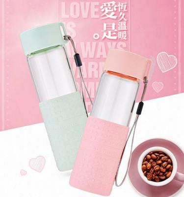 樂彩耐熱玻璃隨手瓶300ml隨行杯馬卡龍 玻璃瓶 雙層玻璃杯 玻璃水壺 水瓶 付吊繩 (2.5折)