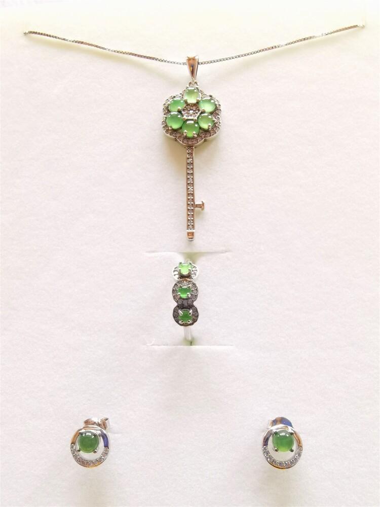 超值商品天然冰種翡翠 項鍊戒指耳環三件式套組 幸運之鑰 a貨