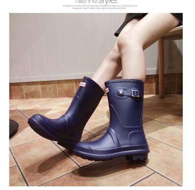【JAR嚴選】新款防水防滑高質感中長筒雨靴-B (3.7折)