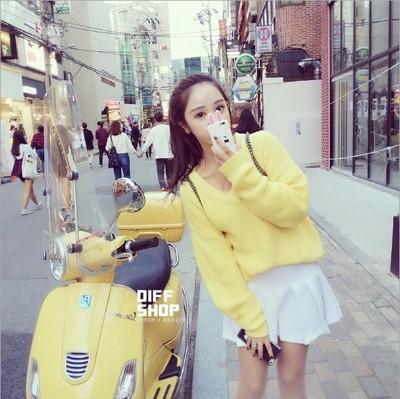 秋冬新款素色韓版寬鬆糖果色V領針織毛衣上衣 (2.8折)